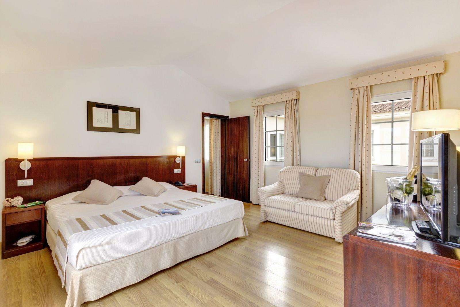 Hotel Menorca Patricia - Hotel en Ciutadella - Suite
